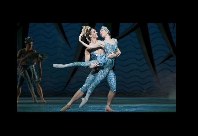 Gary Avis and Mara Galeazzi in The Tsarina