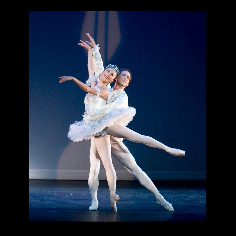 Yuhui Choe and Nehemiah Kish in Ballroom Pas de Deux, Cinderella